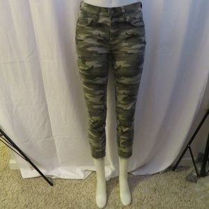 CARMAR OLIVE GREEN CAMOUFLAGE FRAYED JEANS 27